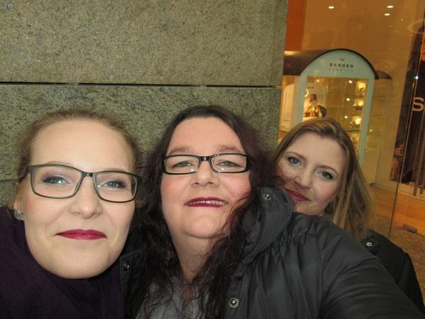 Flormar Oberhausen - Umstyling von einem professionellen Visagisten Anna und Martina und Natascha Probenqueen