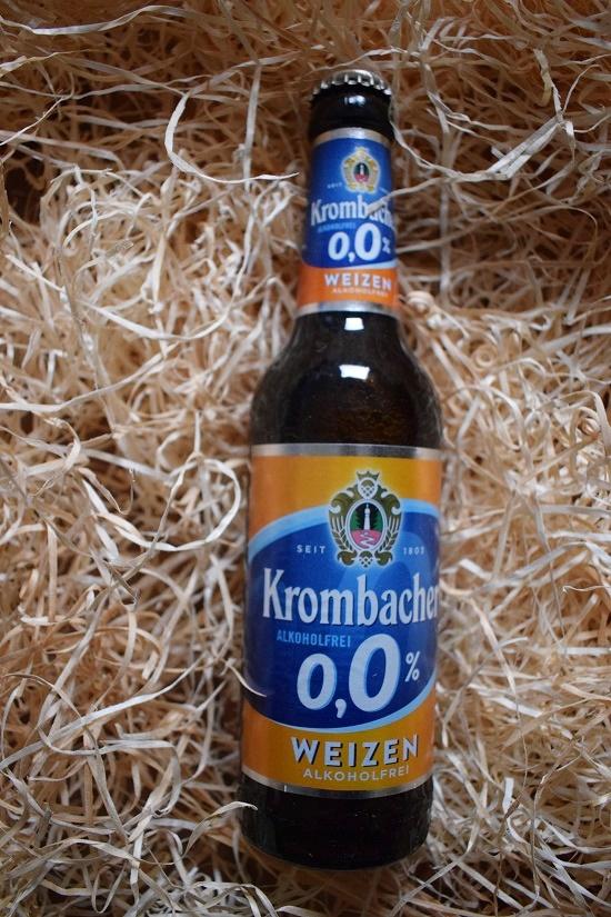 Brandnooz Box Oktober 2017 Krombacher Weizen alkoholfrei Flasche Probenqueen