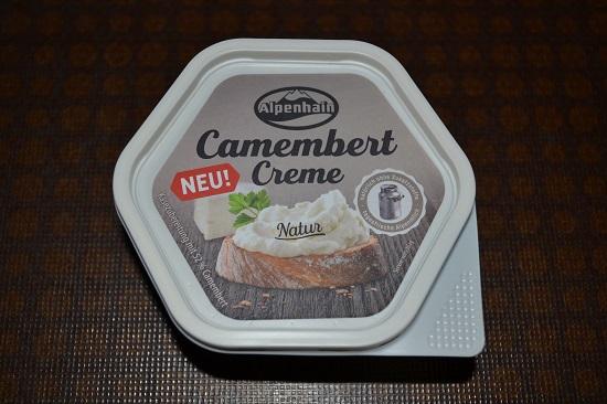 Brandnooz-Coolbox-Dezember Alpenhain Camembert Creme Probenqueen