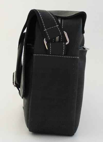 Businesstasche von Tikiwe schwarz Seitenansicht Probenqueen