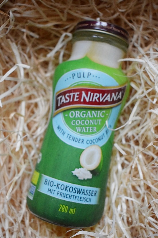 Genussbox Januar 2018 Unboxing Taste Nirvana Bio Kokoswasser Probenqueen