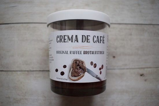 Genussbox April 2018 Crema de Cafe im Glas Brotaufstrich Probenqueen