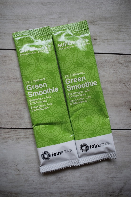 Genussbox April 2018 Feinstoff Green Smoothie Pulver Tütchen Probenqueen
