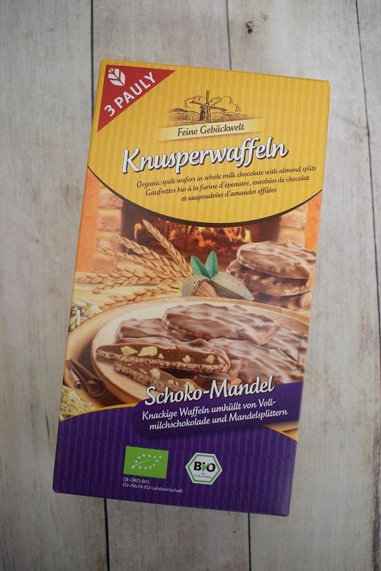 Brandnooz Genussbox Mai Packung 3Pauly Knusperwaffeln Probenqueen