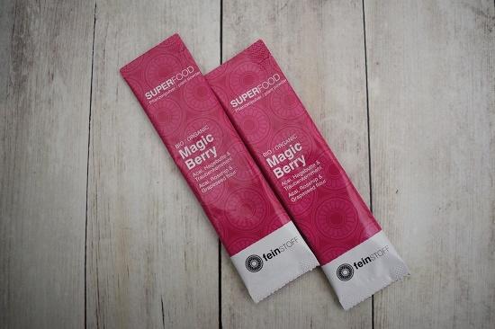 Brandnooz Genussbox Mai 2 Sachtes Feinstoff Superfood Magic Berry Fruchtpulver Probequeen