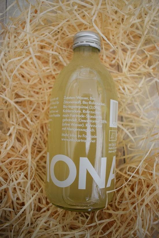 Brandnooz Genussbox Mai Eine Flasche Lemonaid Ingwer-Zitrone Probenqueen