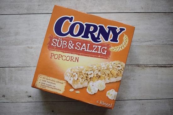 Brandnooz Box Mai 2018 www.probenqueen.de Corny süß und salzig Müsliriegel Verpackung