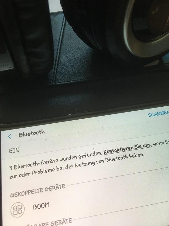 Fontastic Kopfhörer über Blu-Tooth mit Smartphone gekoppelt www.probenqueen.de