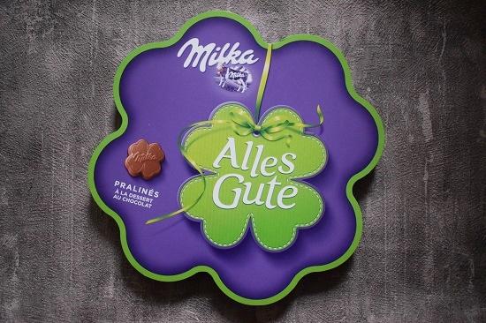 Degusta Box Dezember 2018 Geschenkpackung Milka Alles Gute Pralines www.probenqueen.de
